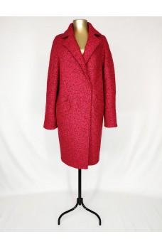 Красное кашемировое пальто