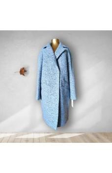 Светло-голубое кашемировое пальто